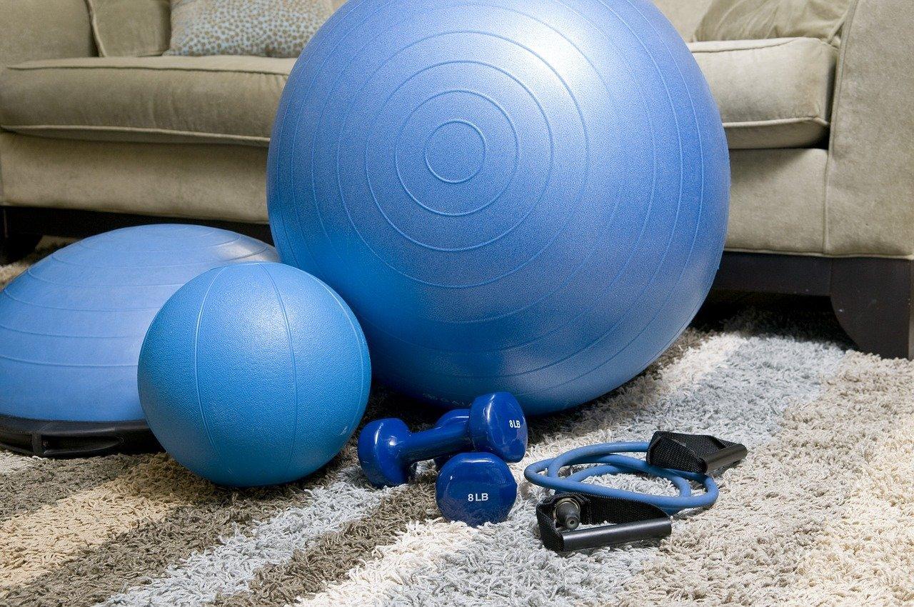 Otthoni edzés applikációkkal járvány és tél idején